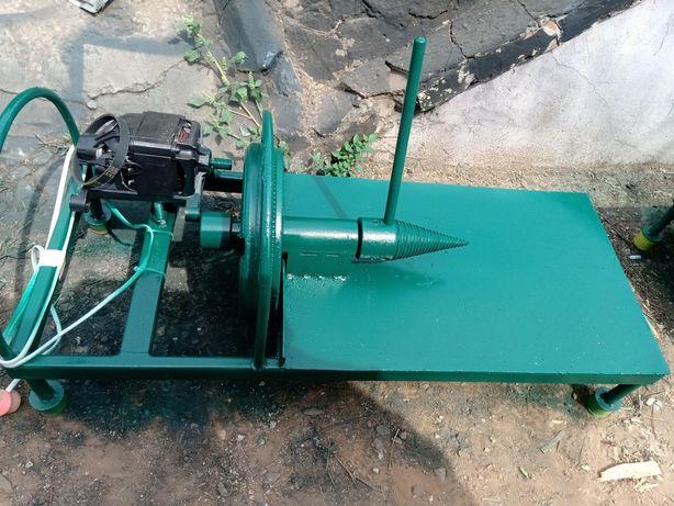 Мобильный дровокол дваМаховика электродвигатель колекторн. на 220Вольт