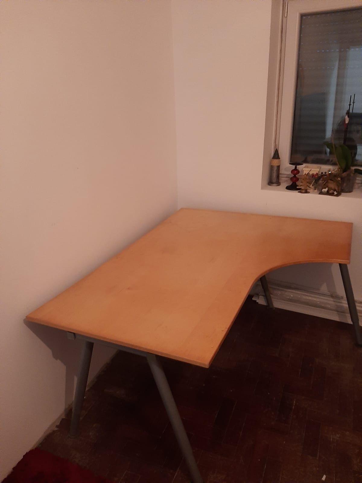 Mesa de escritório Ikea