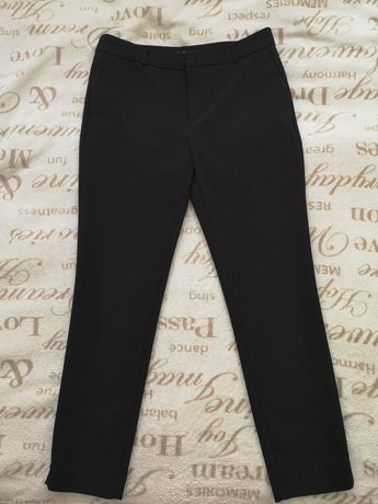 Eleganckie czarne spodnie Stradivarius rozmiar 36
