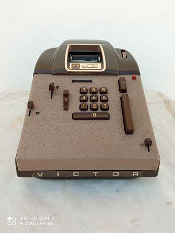 Calculadora antiga marca victor