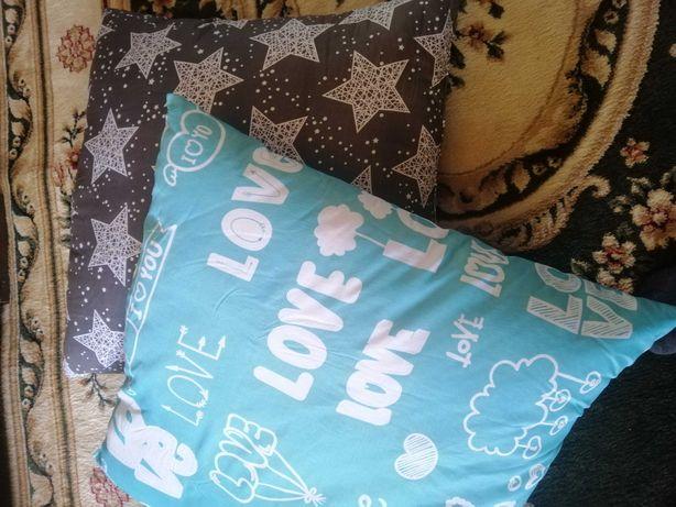 Подушка из холлофайбера 70*70,новые