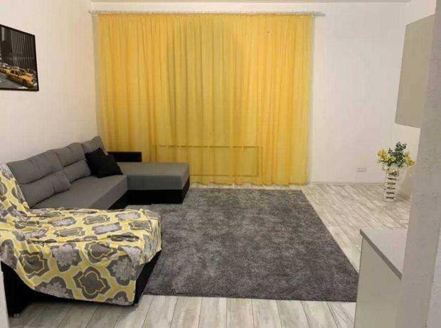 Продается однокомнатная квартира с ремонтом  в центре Сталинка.