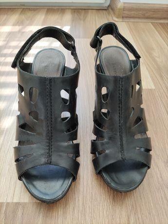 Sandały Tamaris 37