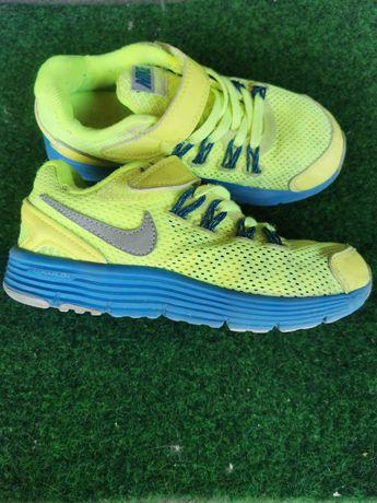 Кроссовки Nike 27 р