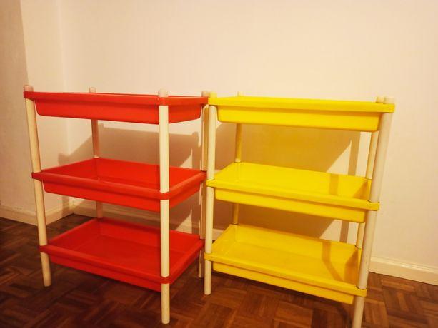 Kolorowe półeczki, organizery, przydatne w każdym domu
