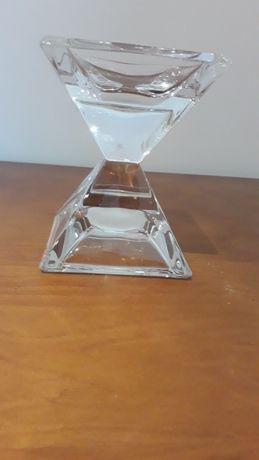 Lindo castiçal em cristal