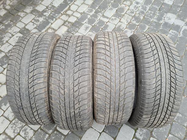 Opony Bridgestone Blizzak LM001 - 225/55/17 RSC