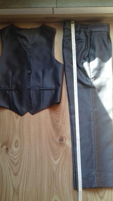 kamizelka i spodnie