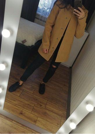 Пальто нюдовое S