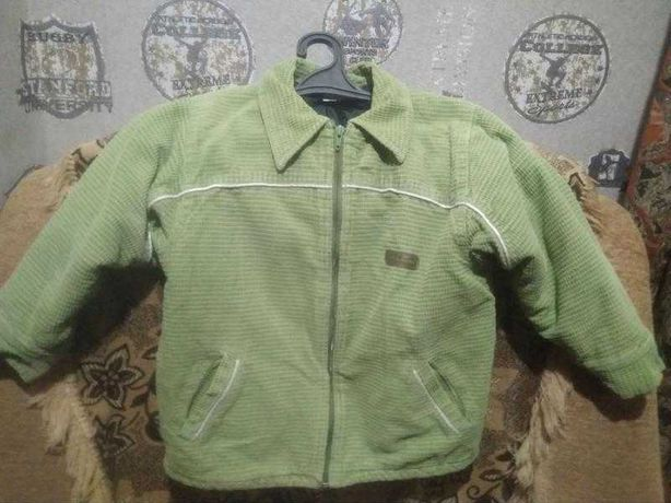 Вельветовая курточка на синтепоне