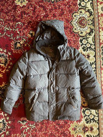 Продам куртку зимнюю на мальчика 134 размер