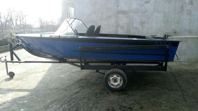 Продам лодку прогресс 4