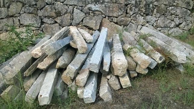 Postes de granito