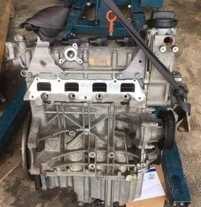 Мотор Двигатель фольксваген skoda Шкода 1.6 FSI Пассат Октавия