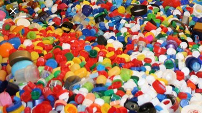 Zbieram nakrętki plastikowe