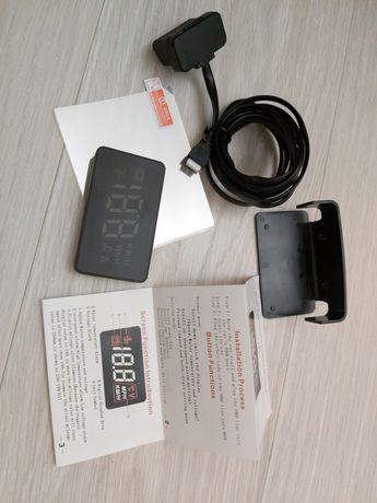 Проекционный дисплей HUD Car A100 Black