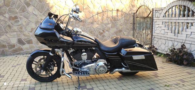 Harley Davidson road glide customs