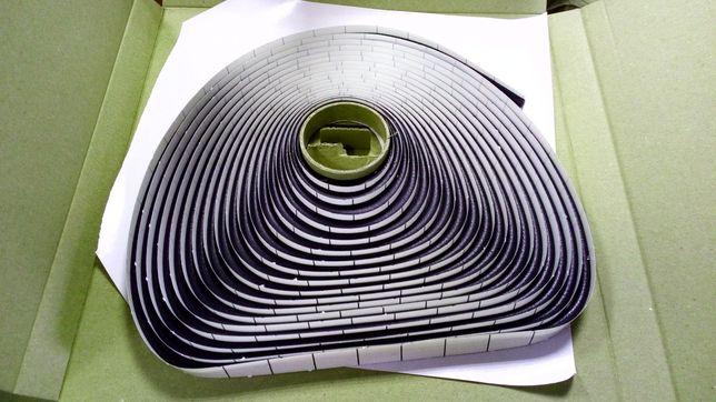 Taśma do uszczelniania kamperów przyczep zabudów karoserii (żywa guma)