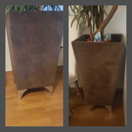 Vasos de plantas interior veludo castanhos, com pés em inox