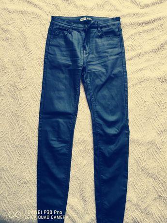 Spodnie damskie woskowane
