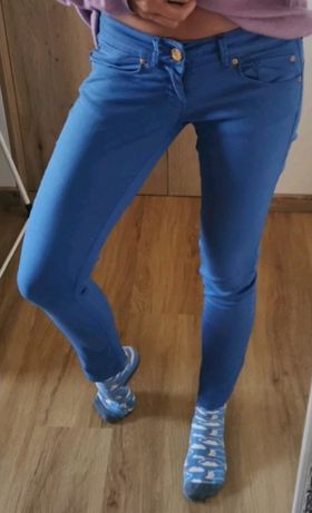 2x spodnie rurki, r. 36/S, wiosenne : pudrowe i niebieskie