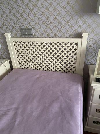 Colcha lilás pele + carpete lilás - COMO NOVOS