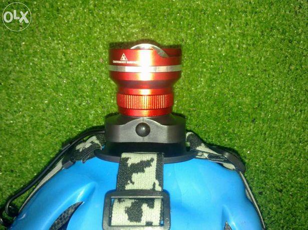 Lanterna de cabeça led cree 1.800 lumens c/ zoom