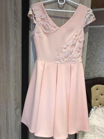 Випусне плаття