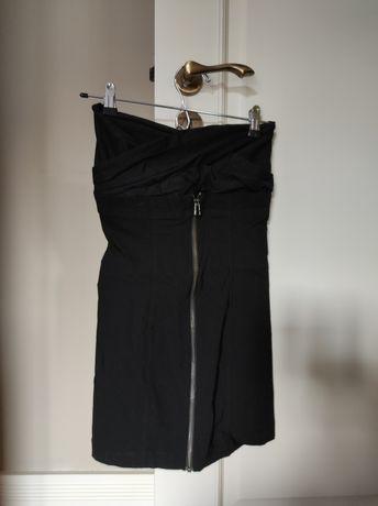 Vestido preto curto e justo, Zara