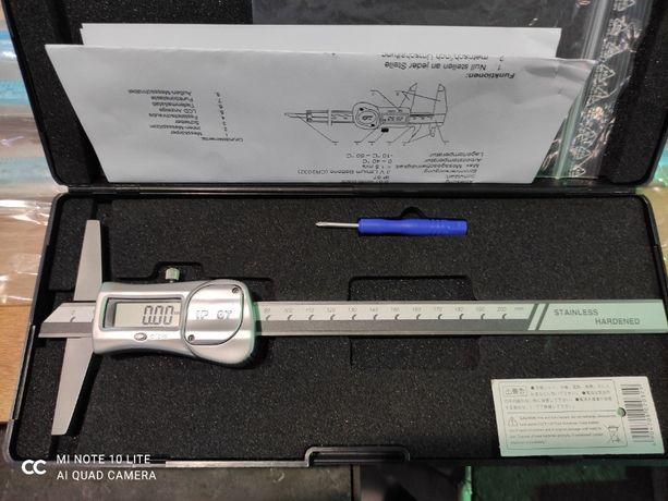 Głębokościomierz cyfrowy 200mm- IP67