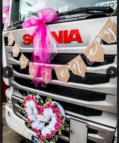 Ozdoby ślubne na samochód