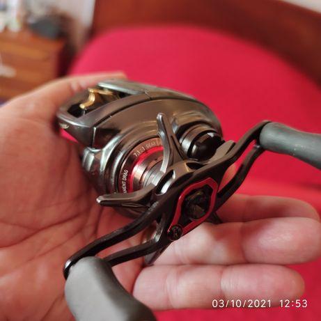 Vendo carreto casting Daiwa Steez CT SV TW 700HSL (mão esquerda) NOVO