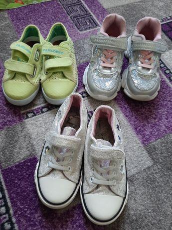 Детская обувь 4 пары за 500грн