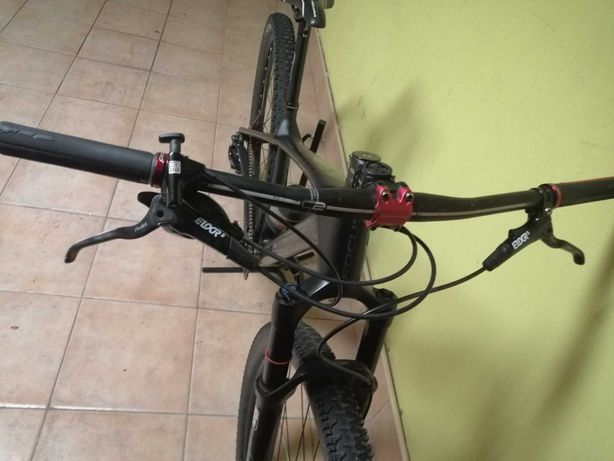Bicicleta focus raven
