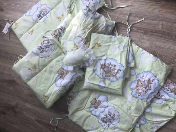 Набір постільної білизни в дитяче ліжечко