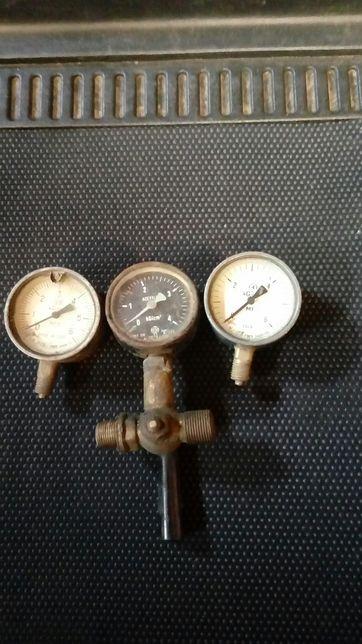 Manometr zegar ciśnieniowy