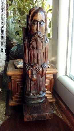 Stara drewniana figura rzeźba
