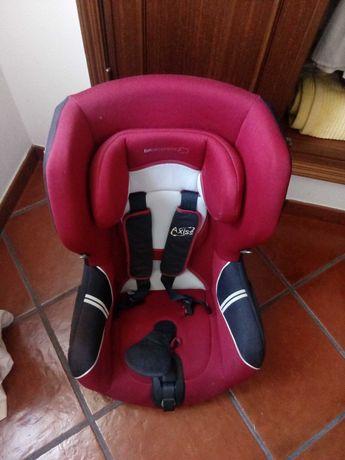 Cadeira rotativa criança para o automóvel