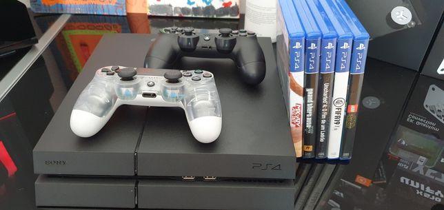 Playstation 4 1TB + 2 comandos originais + 5 Jogos Fisicos