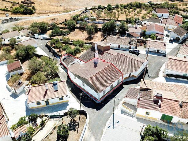 Moradia - 214 m² - T4
