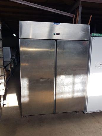 Armario de congelacao 1300 litros , usado em bom estado