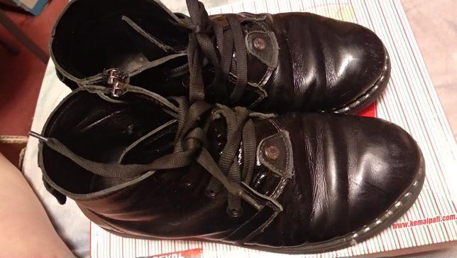 ботинки детские на девочку 35р черные демисезонные похоже кожа