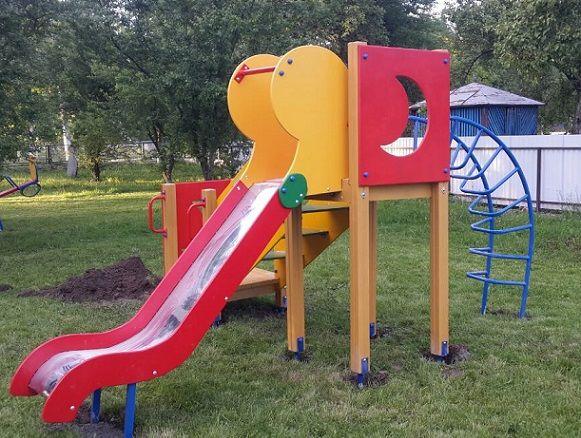 Дитячий майданчик, ігровий комплекс