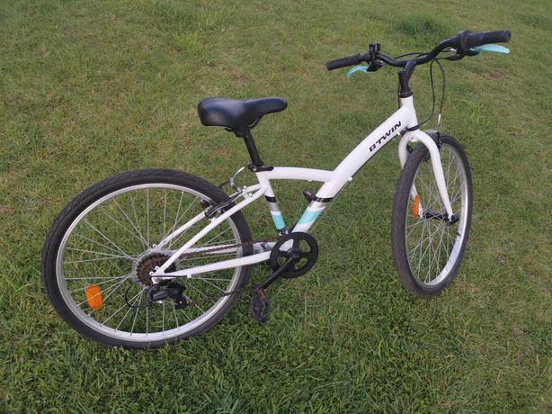 Bicicleta de criança Btwin, roda 24, pouco uso, com garantia
