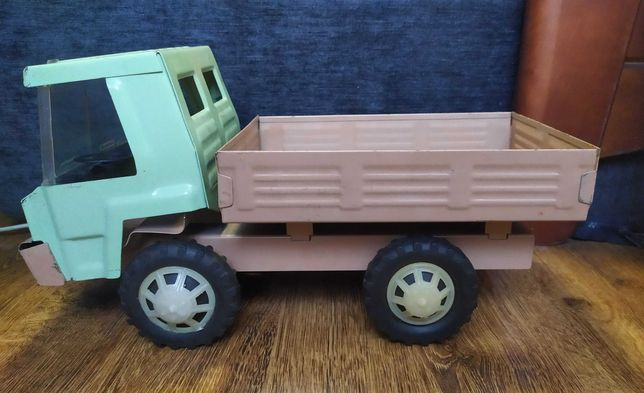 Игрушка СССР грузовик. Металл жесть