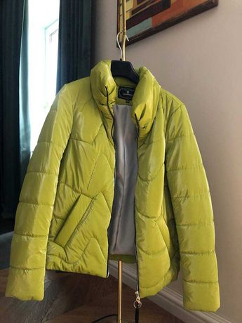 Осіння куртка Luca Maison, S, нова