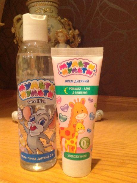 Набор детской косметики (гель для умывания + увлажняющий крем)