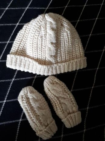 Шапочка з рукавичками Marks&Spenser
