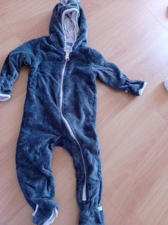 Pijama tamanho 6-9 meses forrado