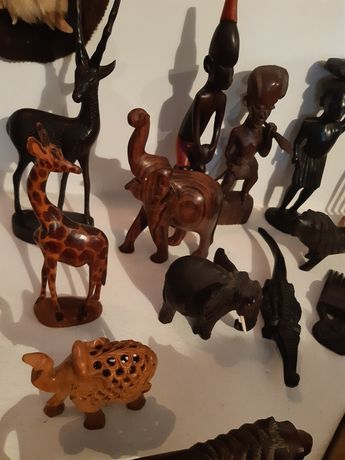 Figuras africanas em madeira pau